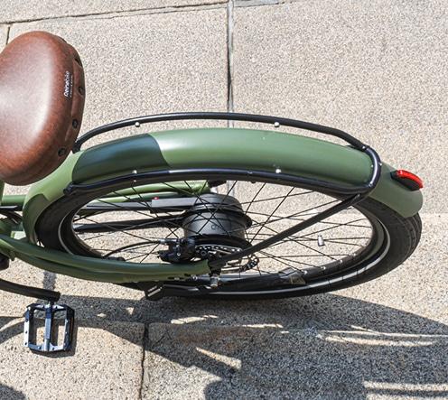 Porte sacoche intégré qui supporte un poids de 18 kg du bike de marque française haut de gamme Reinebike