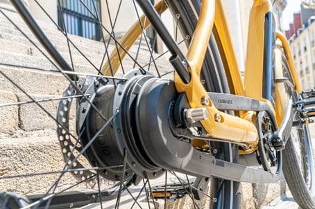 moyeu intégré enviolo pour un passage de vitesses automatique sur le vélo électrique Reinebike